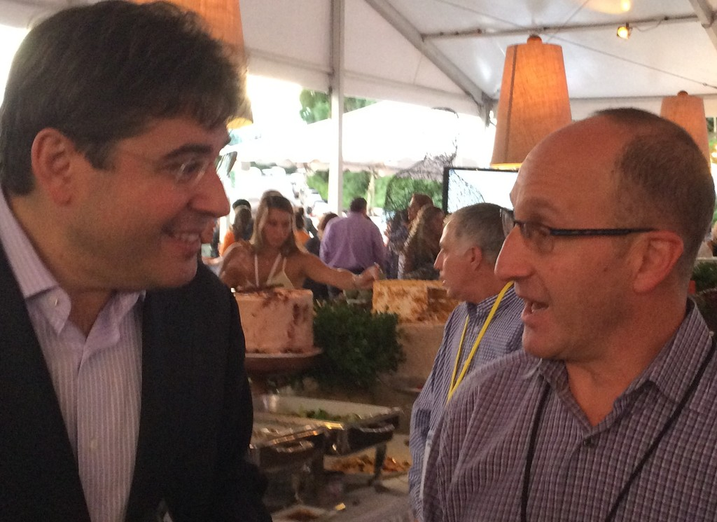 UJA-Federation of New York CEO Eric S. Goldstein chats with UJA board member Lewis Broad of Sands Point.