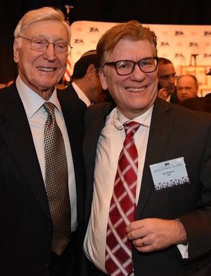 Home Depot co-founder Bernie Marcus, who was honored at the ZOA gala, with Jewish radio host Zev Brenner.