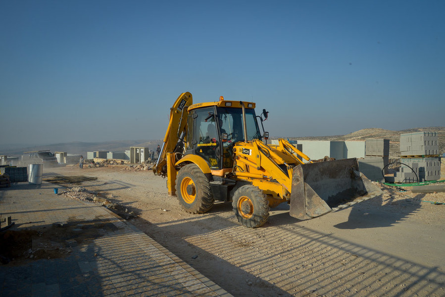 Construction of new buildings in the Israeli settlement of Na'ale on Feb. 8.