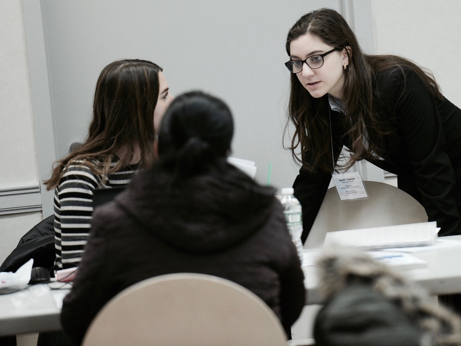 Touro accounting major Naomi Klavan consults with clients.