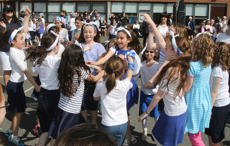 HANC EC Yom HaAtzmaut: The children celebrated Israel's 69th birthday with fun outdoors.
