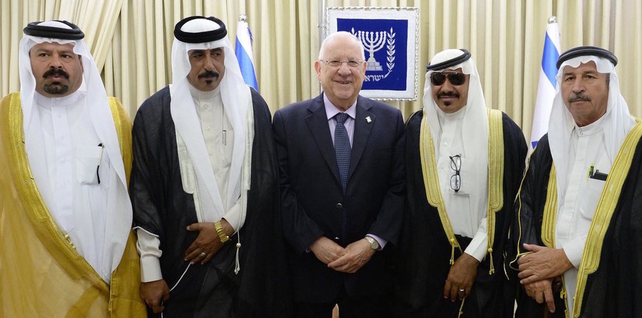 Israeli president Reuven Rivlin meets sheikhs visiting from Jordan, at the President residence in Jerusalem on May 17.