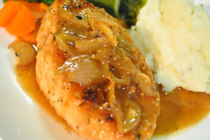 Simple Chicken and Wine with Shallots
