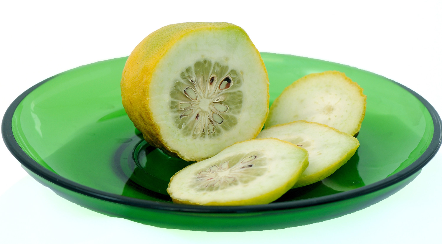 Etrog green fruit slice