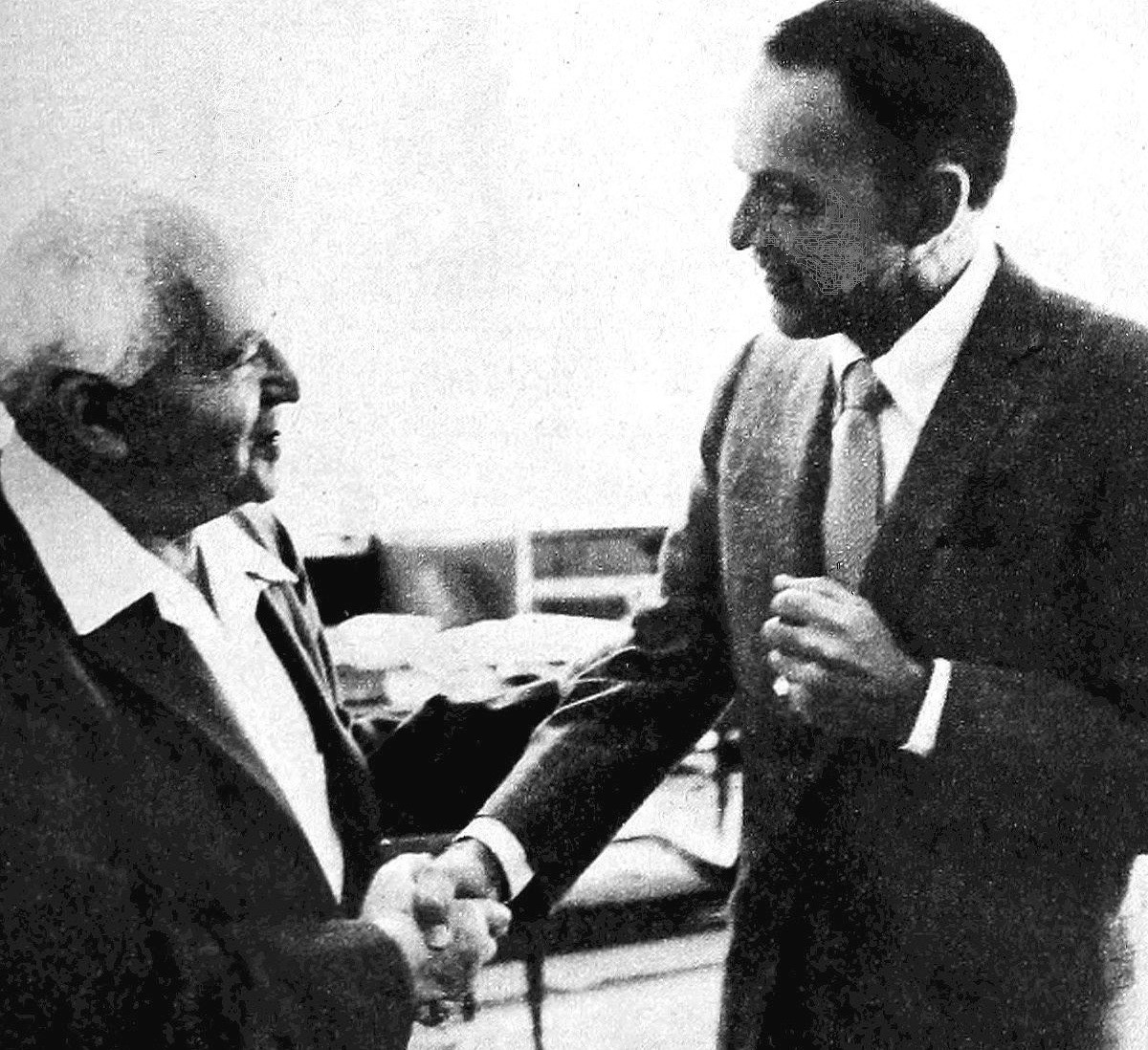 Frank Sinatra with Prime Minister David Ben-Gurion in 1962, during Sinatra's first world tour.