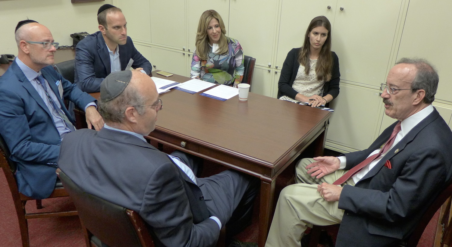 Members of the OU Advocacy leadership team meet with Rep. Eliot Engel (D-NY)