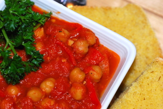 Hot and Spicy Chickpeas