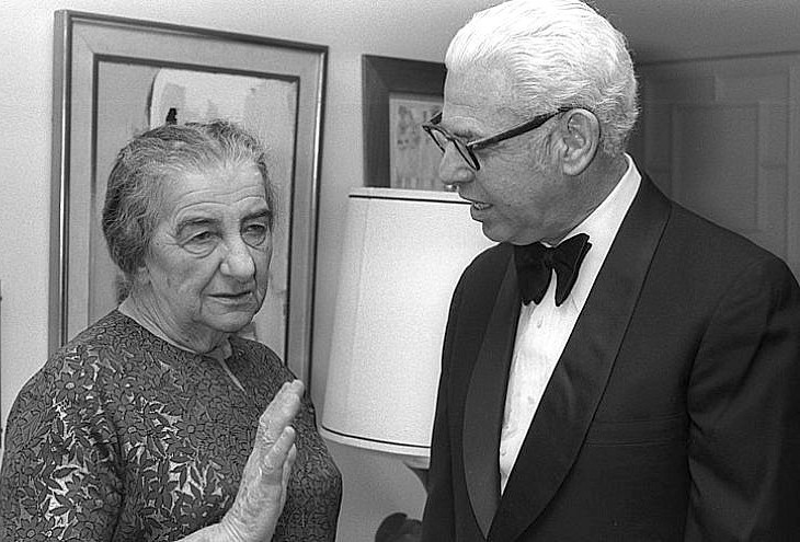 Arthur Goldberg speaking with Golda Meir.