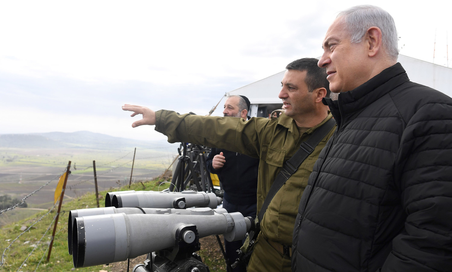 Israeli Prime Minister Benjamin Netanyahu and Security Cabinet members get a tour with the North Front Command in the Golan Heights, on Feb. 6, 2018.