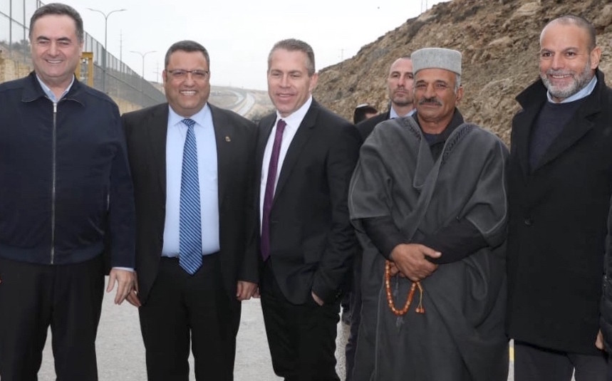 From left: Israeli Minister of Transportation Yisrael Katz, Jerusalem Mayor Moshe Lion, Minister of Internal Security Gilad Erdan, the mukhtar (Muslim spiritual leader) of Anata and retired business leader Akram Abdel-Rachman.