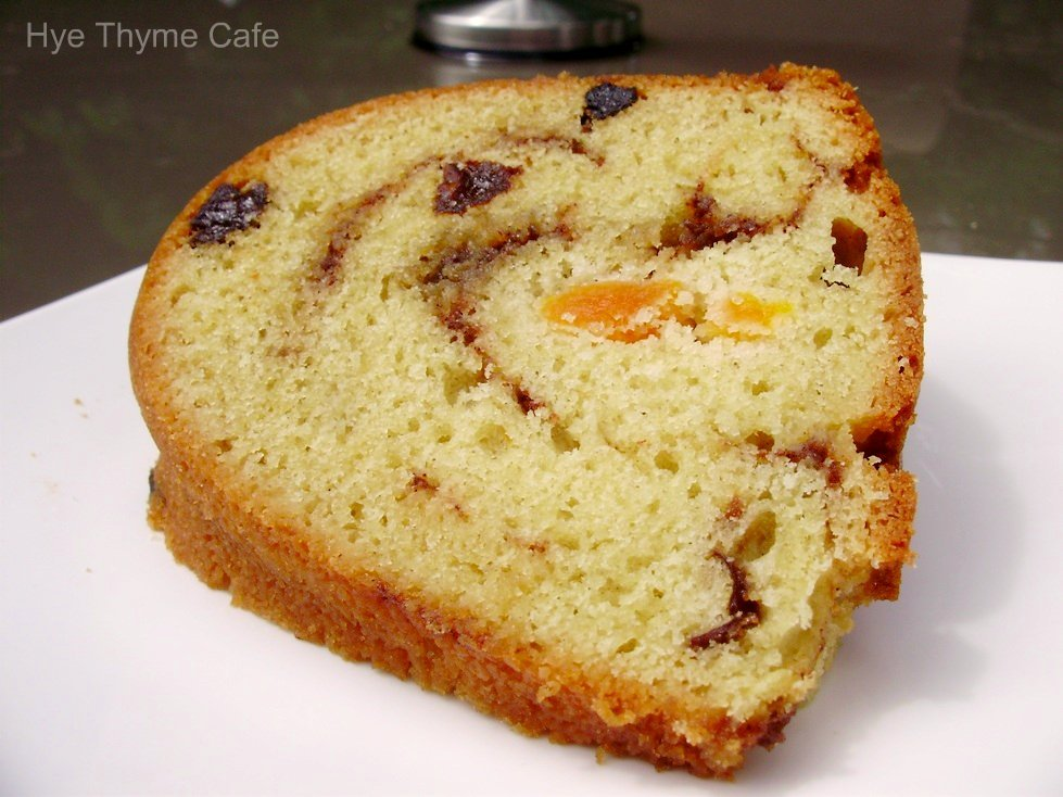 Apricot prune sour cream cake