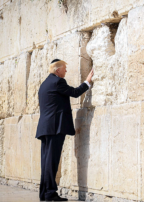 President Donald Trump visits the Kotel on May 22, 2017.