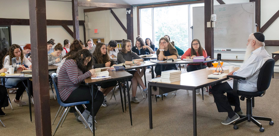 "Participants in the three-week ""UnCamp"" learn with educator, lecturer and bestselling writer Rabbi Manis Friedman, dean of the Bais Chana Institute of Jewish Studies."