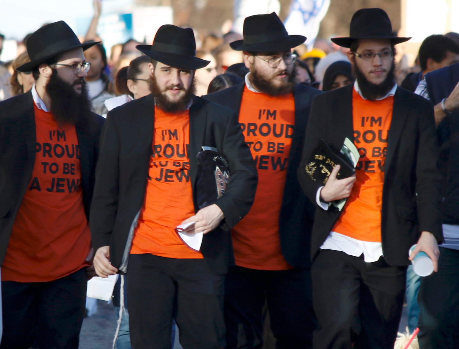 "Chabad marchers wore ""I'm Proud to be a Jew"" T-shirts"