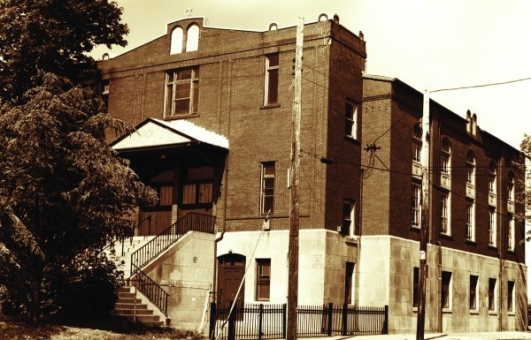 Congregation Sons of Jacob, Douglas Avenue, Providence. From June 1992.