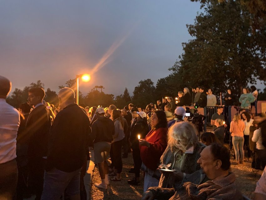 Hundreds gather in Poway, Calif., for a vigil for the victims of the synagogue shooting there, April 28, 2019. (Gabrielle Birkner)