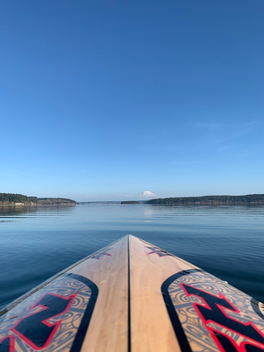 Paddleboarder sets course for Eagle Island.