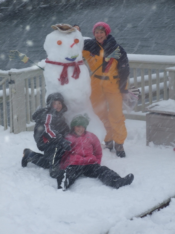 Dani, Coby, Mom and the Atlantic Beach Snow Dude