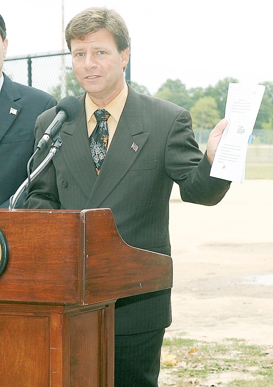 Nassau County Legislator David Denenberg
