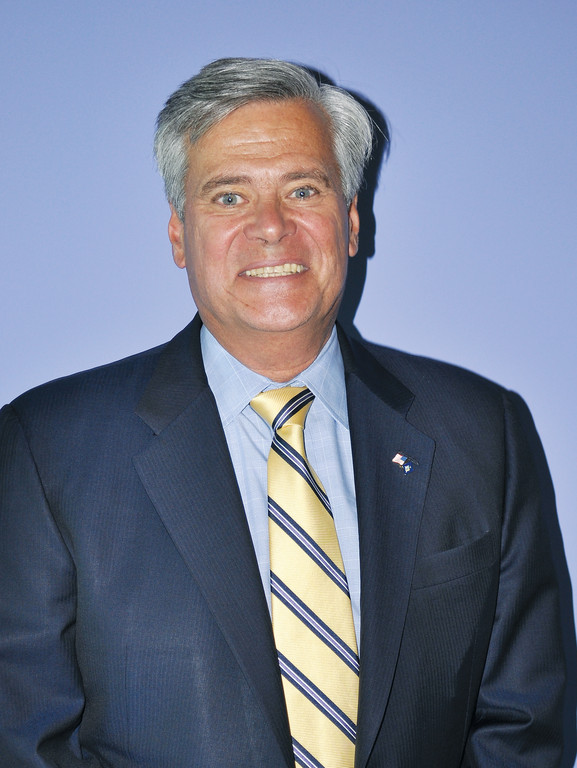 Sen. Dean Skelos will return as his party's leader when the new legislative session begins in January.