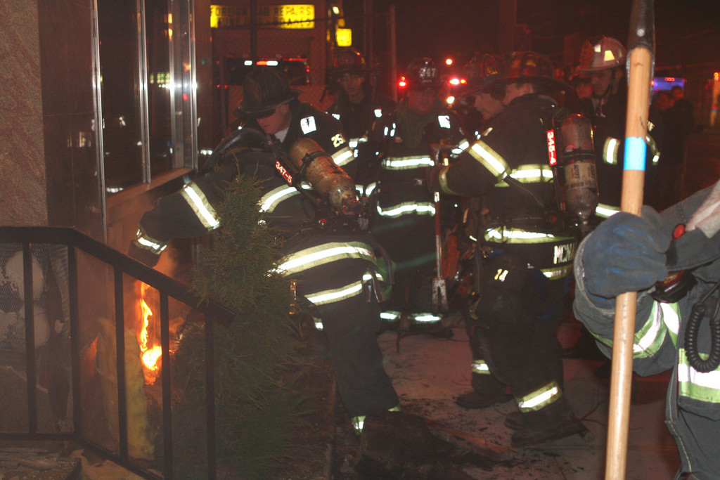 Valley Stream Firefighters battled a small fire outside the Valbrook Diner on Merrick Road early Monday morning.