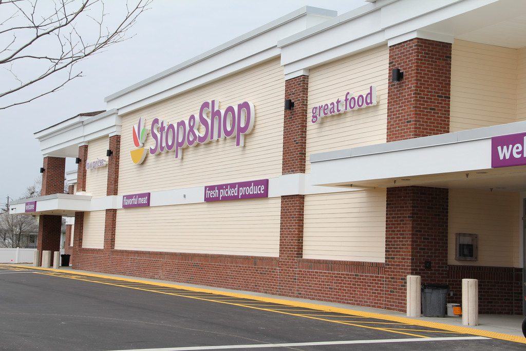 Stop & Shop will employ dozens of local workers.