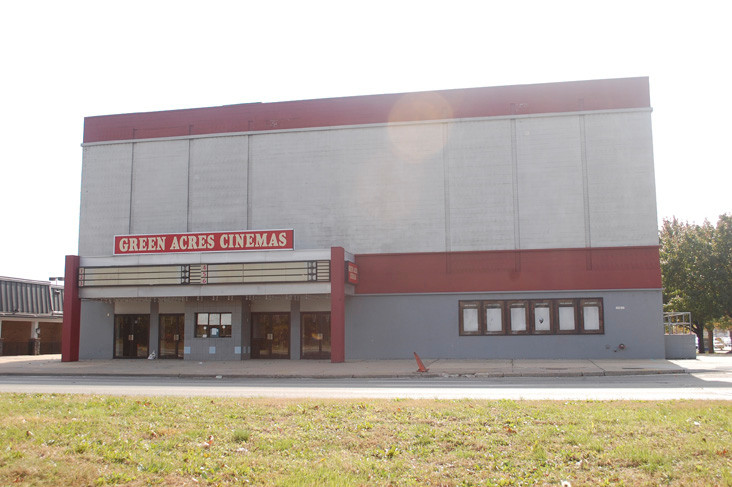 olive garden to replace movie theater herald community newspapers