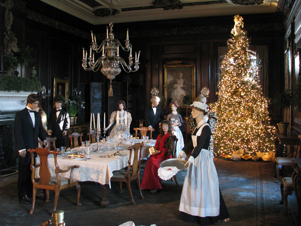 Old-fashioned holiday traditions on Long Island | Herald Community ...