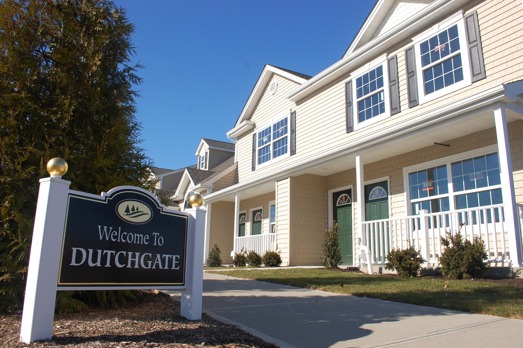 The Hempstead town board recently approved a change for the Dutchgate senior housing complex in North Valley Stream, allowing half the units to be sold to residents over age 55. The previous minimum age was 62, and that is still the requirement for the other half of the 348-unit development.