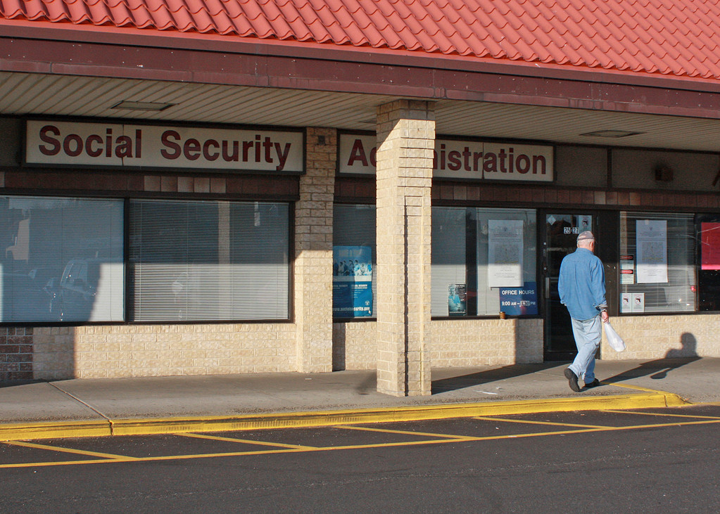 Long beach social security office shuts it doors herald - Local social security administration office ...