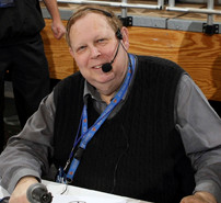 Long-time Hostra sports announcer Ken Weprin retires.