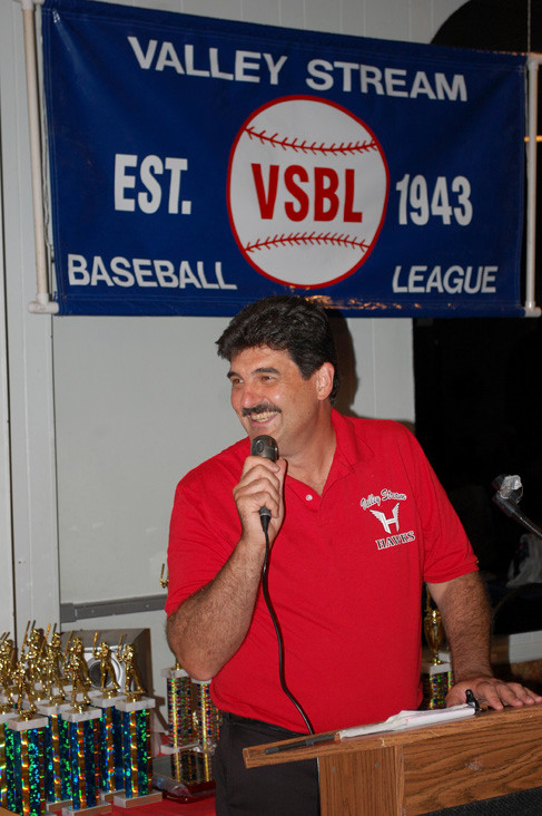 Bob Inzerillo, president of the Baseball League, thanked players and coaches for a great season.