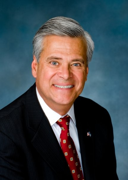 Republican Dean Skelos is running for his 15th term against Democratic challenger Thomas Feffer.