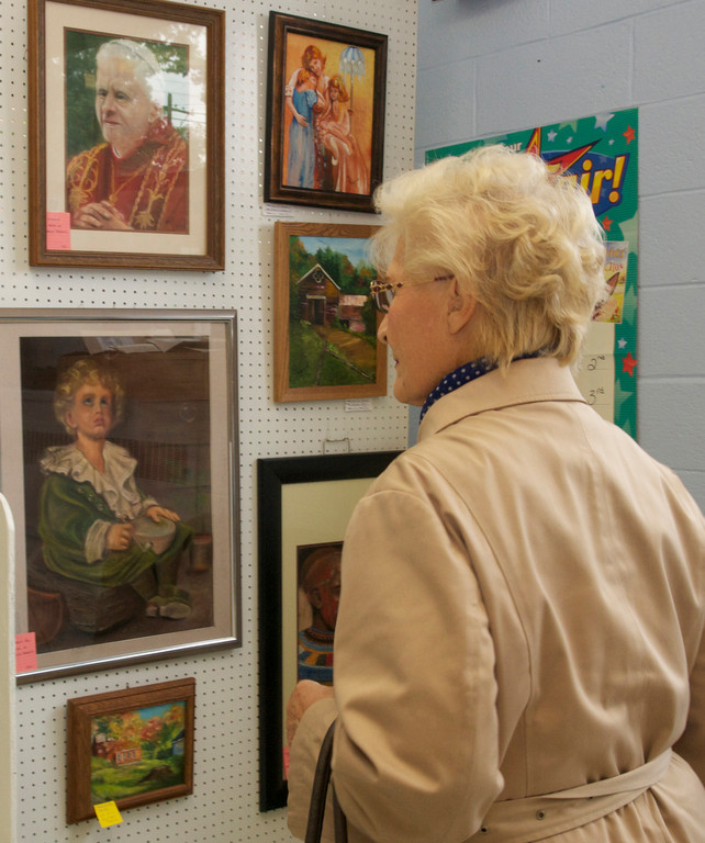Alice Laukaitis, of Lynbrook, admired pastels.