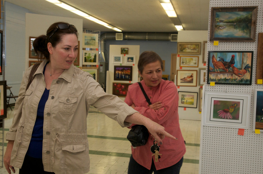 Beth Goodrich and Angela Lamanno checked out the work of other artists.