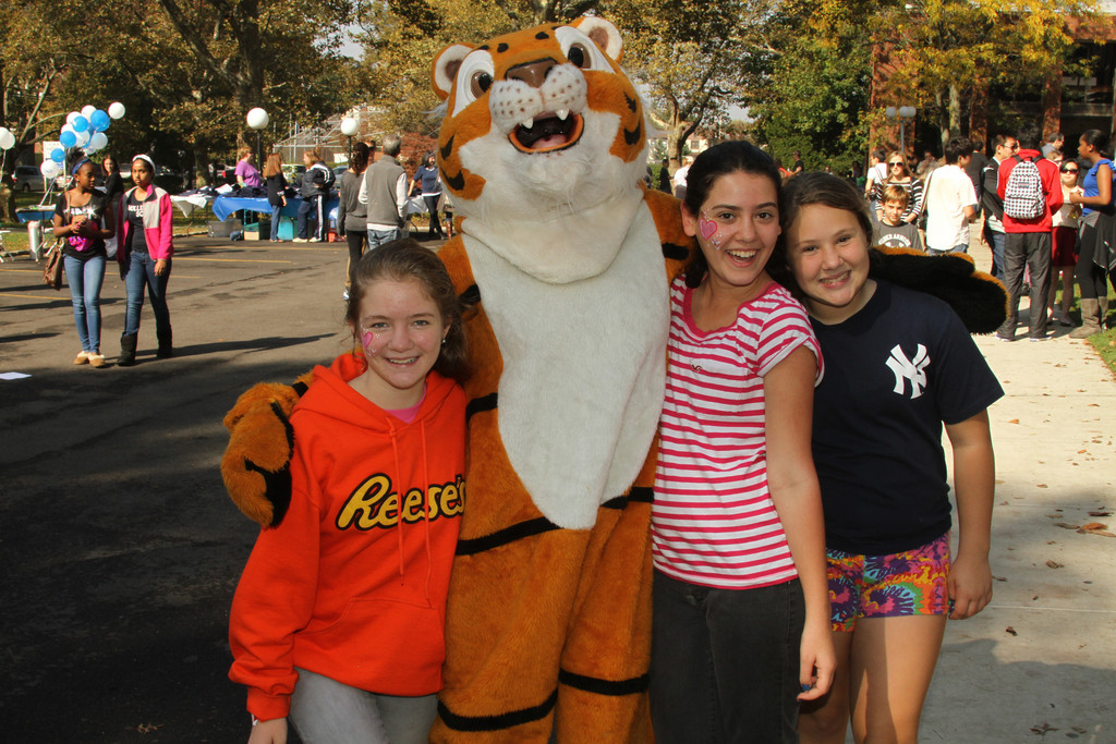 LWA's mascot roared into action during Homecoming and spent time with Jacqueline Howard, 12, Adi Yonaton, 12, and Jessica Ellowitz, 12.