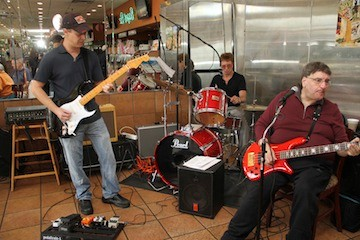 """Psyclone"" members Jody Pepperman, Allen Tavel and Raymond Padovano entertained the crowd with several classic hits."