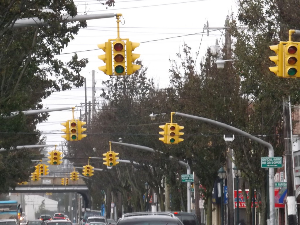 Many traffic light in Valley Stream, including along Rockaway Avenue, were out.