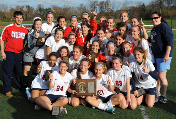 The Lady Cyclones came up big late in the second half to win the Nassau Class A crown.