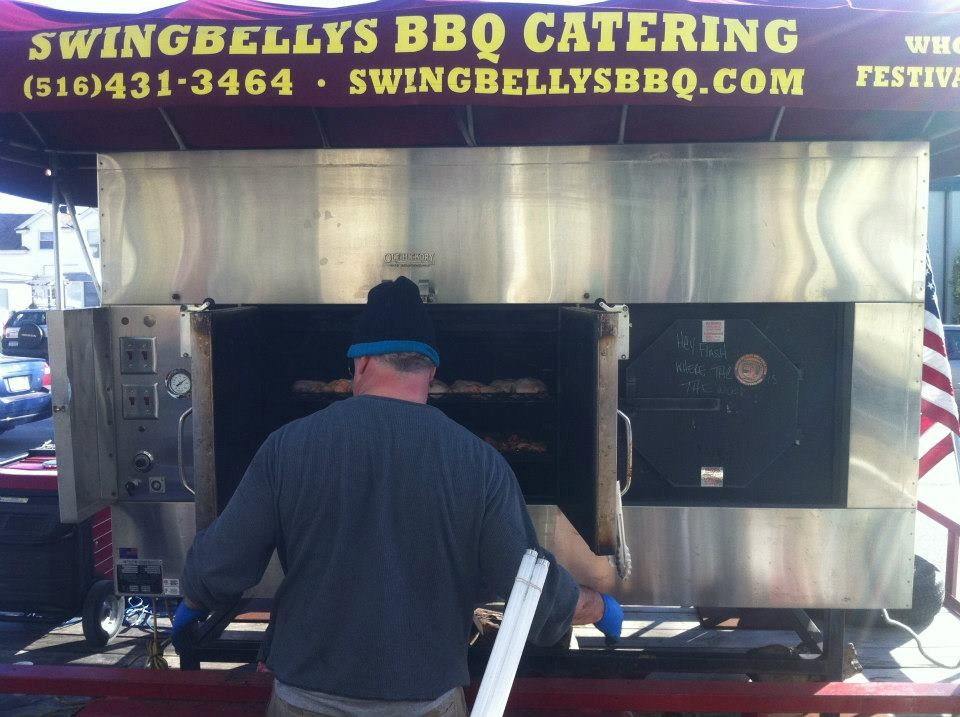 After Hurricane Sandy, Swingbelly's teamed up with Shine's and cooked free meals for residents.