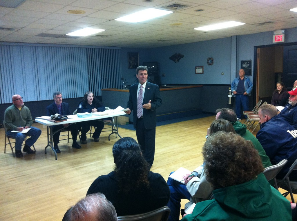 Nassau County Legislator Dave Denenberg, center, hosted a forum for South Shore whose homes were damaged by Hurricane Sandy.