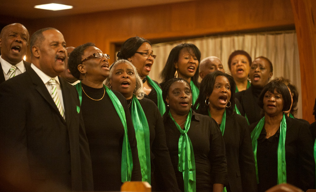 Members of the Memorial Presbyterian Church Adult Choir along with the Valley Stream Ensemble sang together at Family and Friends Day on Nov. 18.