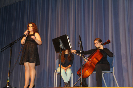 "Miranda Balan and Felicya Schwarzman performed ""Memory."""