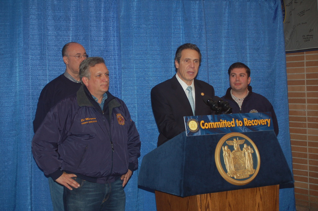 Gov. Andrew Cuomo called on Congress to approve $32 billion in federal aid to help New York recover from Hurricane Sandy.