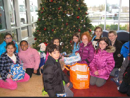 Hewlett Elementary School students visited St. Mary's Hospital in Bayside, Queens.
