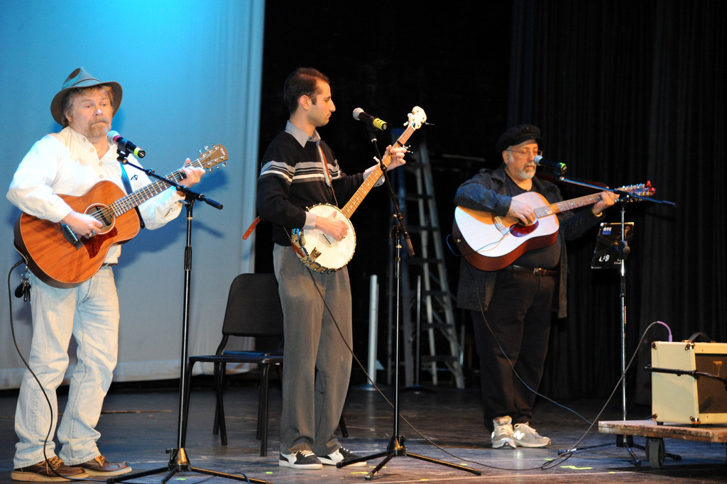 The Heartthrobs, a faculty band, featured, from left, Douglas Smestad, Russ Dembin and Salvatore Salerno.