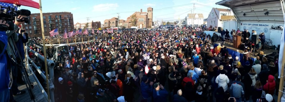 Roughly 3,000 people turned out for Saturday's boardwalk ceremony.