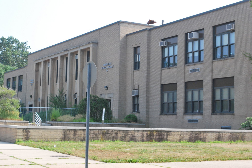 The Number Six School, closed since March 2009, could be sold to Simone Development for use as a medical facility by Mt. Sinai Hospital.