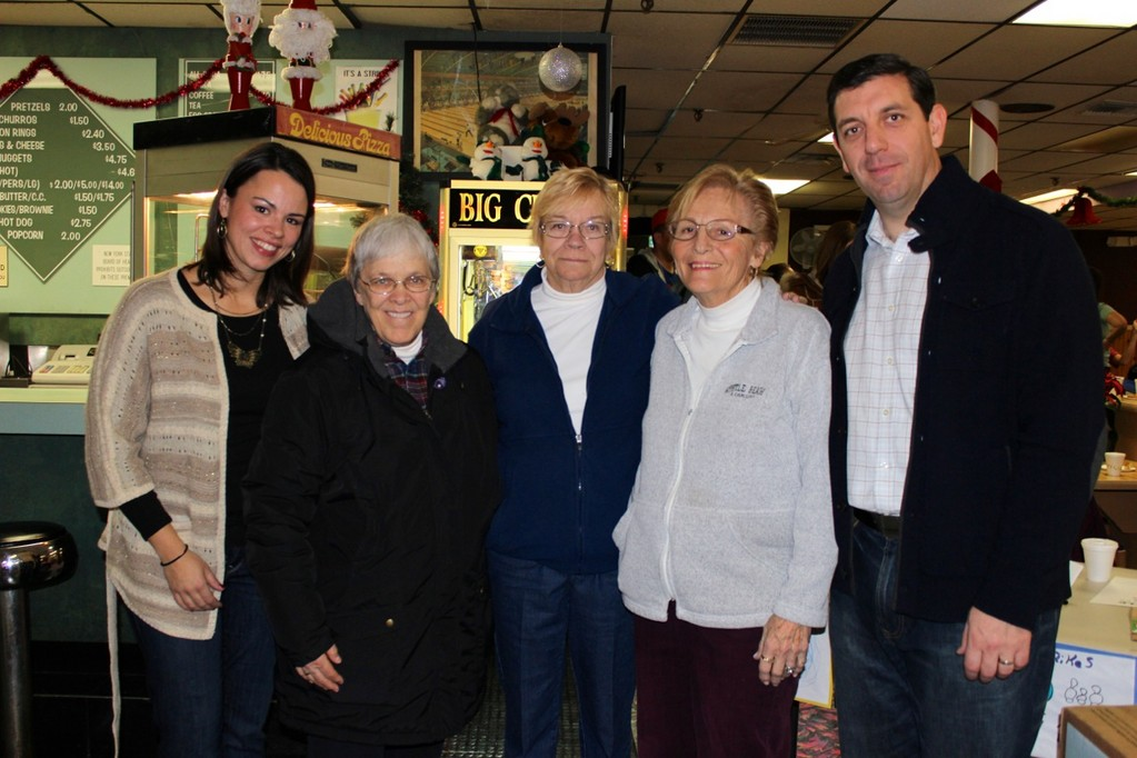 Event organizer/parishioner Sue Kelly, Event organizer/Head of Parish Social Ministry Sr. Barbara Faber, owners of San-Dee Lanes Kathy Ribaudo and Sandy Ingraffia and event organizer/parishioner Alan Kelly.