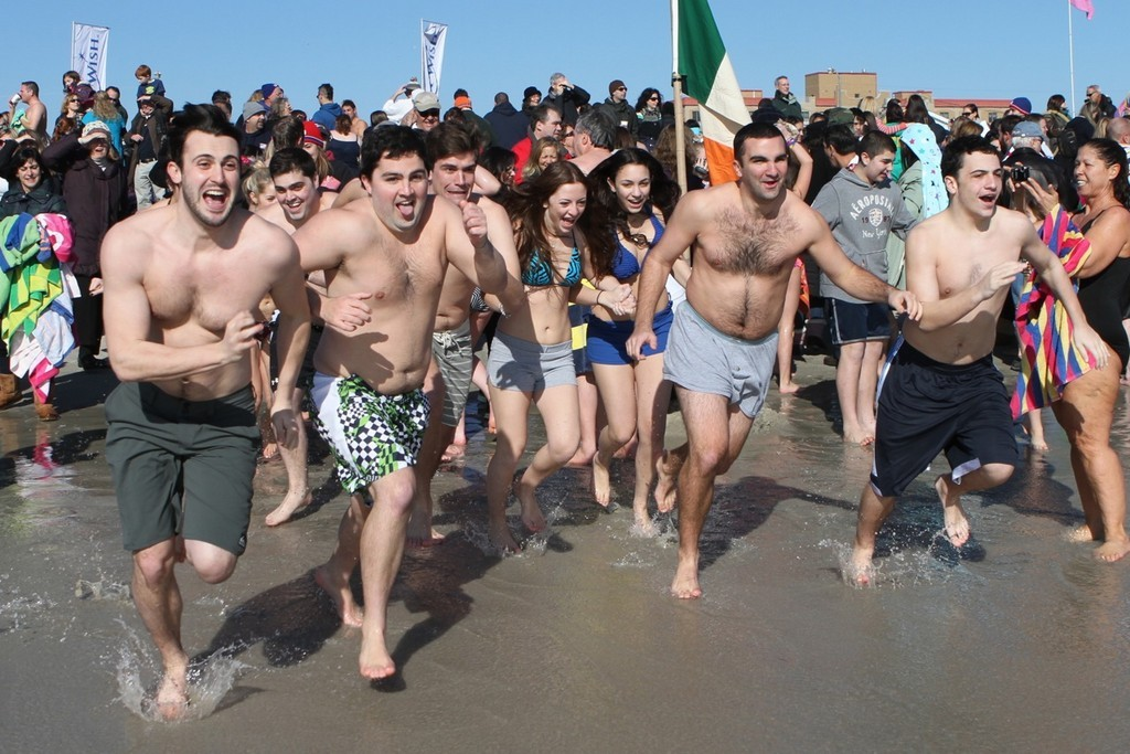 Roughly 7,000 people charged into the water during last year�s Long Beach Polar Bears Superbowl Splash. Organizers said that they are expecting a record turnout this year in the aftermath of Hurricane Sandy.